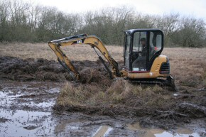 Picture of clearance work at Drumore Pond, December 2009, 25KB